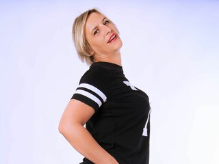 LuisaCute livesex show real